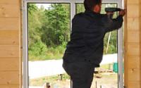 Установка окна ПВХ в деревянном доме